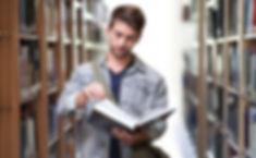 student-3500990_1920.jpg