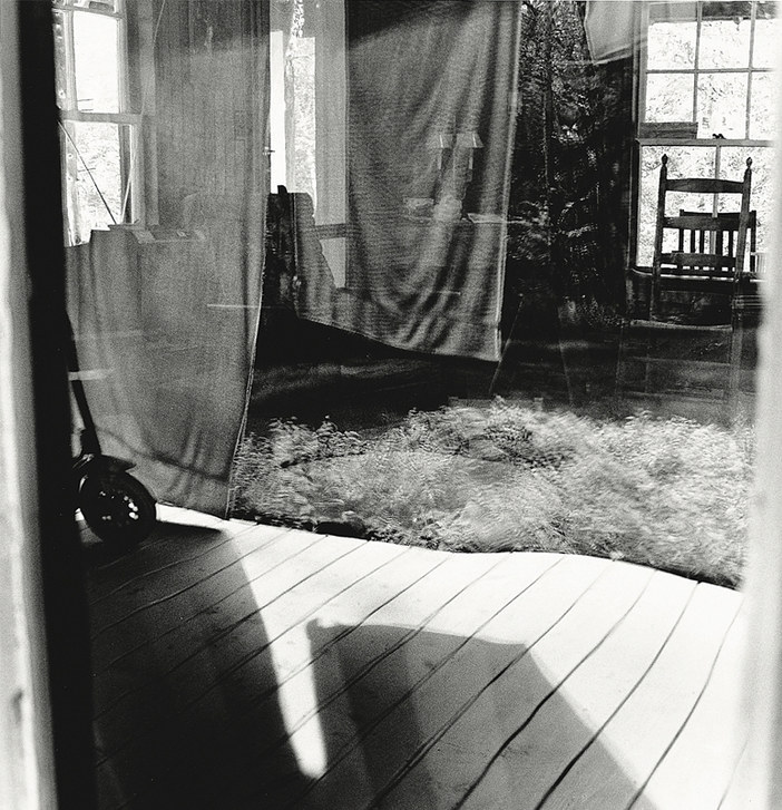 EAST WINDOW (SCOOTER)