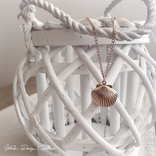 Rose Gold Shell Necklace