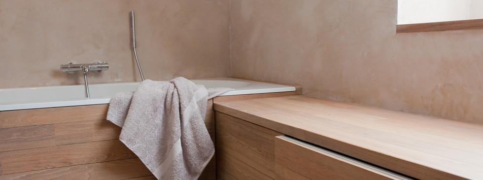 Natuurlijke kleuren badkamer