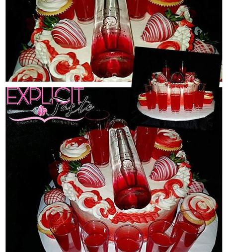 Ciroc Cake! 🔥🔥🔥 #jelloshots,#strawber