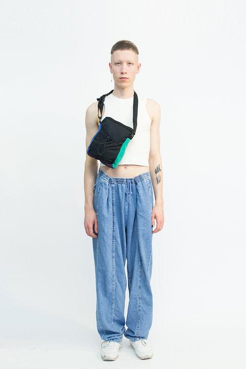 trek side/shoulder pack