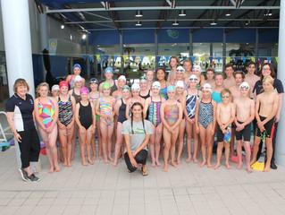 Starstruck swimmers meet an Olympic medallist