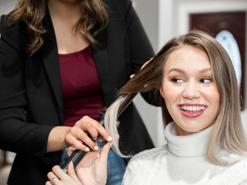 A Professional Hair Stylists Top 5 Tips for Curling Your Hair