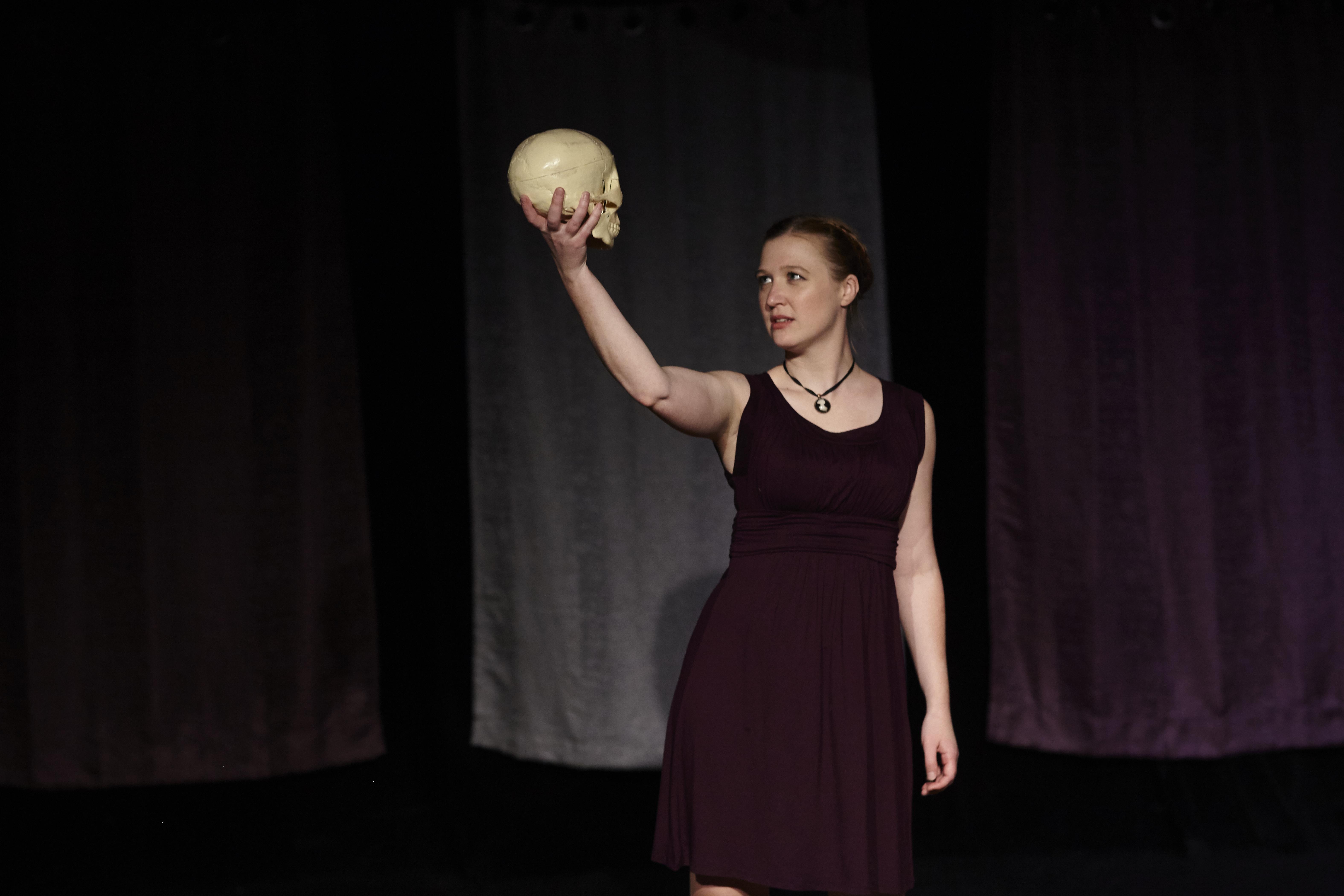 Hamlet in Women Playing Hamlet