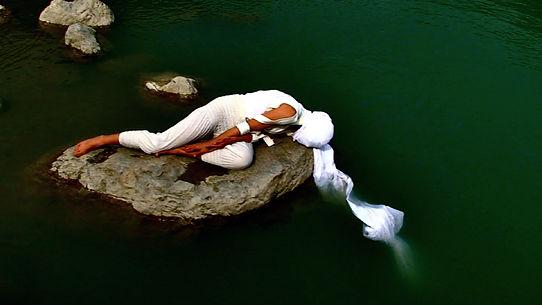 VestAndPage, Verena Stenke, Performance art, Film, Art, Ganges, India, Kashmir, Action, Poetry