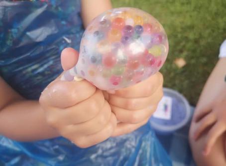 How to make a stress-balls