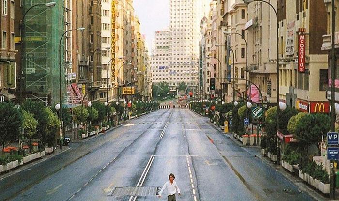 Imagen de la Gran Vía de Madrid en la película 'Abre los ojos'.