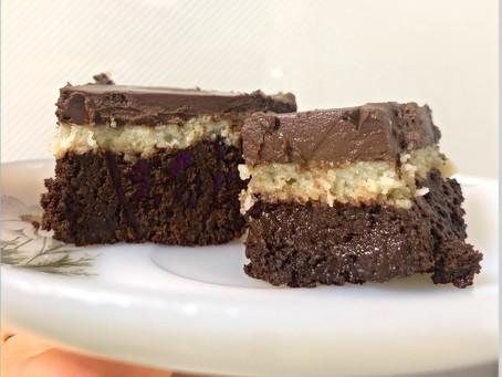 Brownie relleno de coco y ganache de chocolate