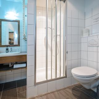 Superior Quad Bathroom 2F.jpg
