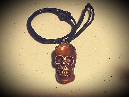 Dark Avenue Skull Necklace