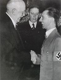 Joseph_Goebbels_and_Richard_Strauss.jpg
