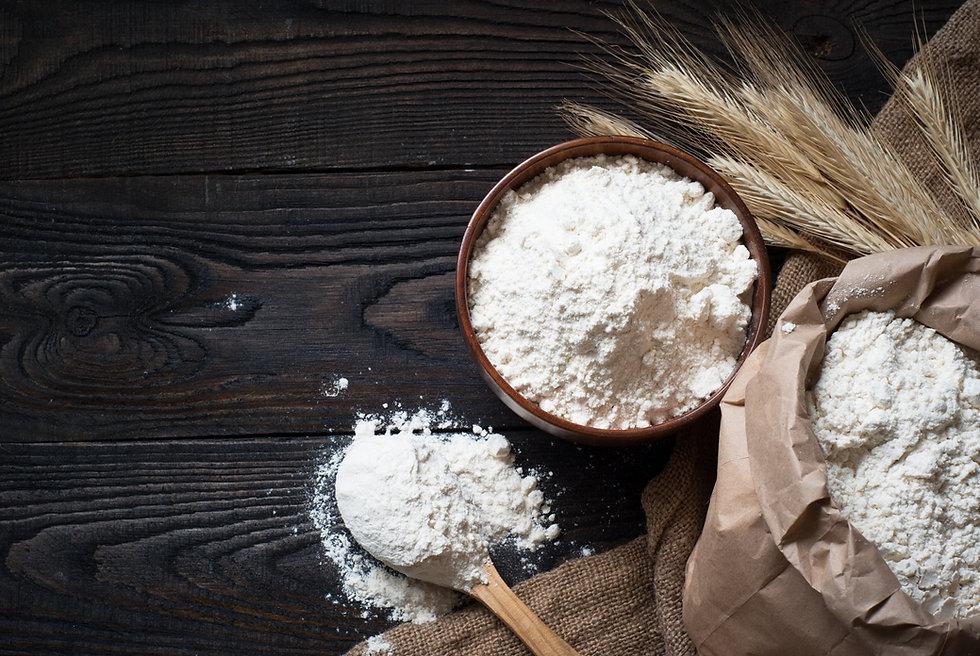 flour-in-a-wooden-bowl-A4LZY7H.jpg