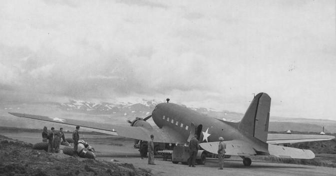 C-47 Umnak 1942.jpg