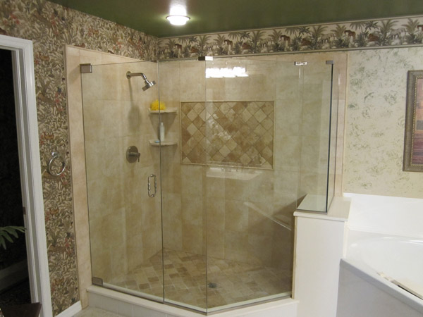 frameless_shower_doors_naples