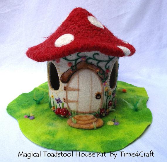 Toadstool House Kit