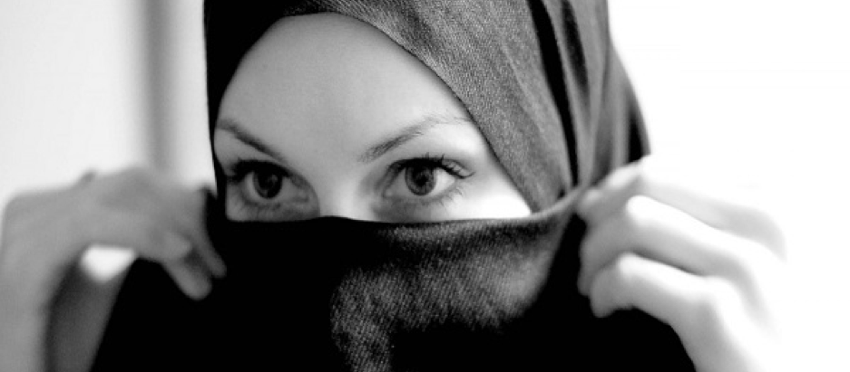LIVING ISLAM THROUGH HER ACTION