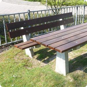 8.680_-betonnen-picknickset_-1-zitbank-e