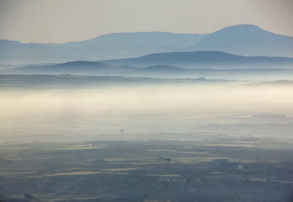 morning light nature photography mountains mist