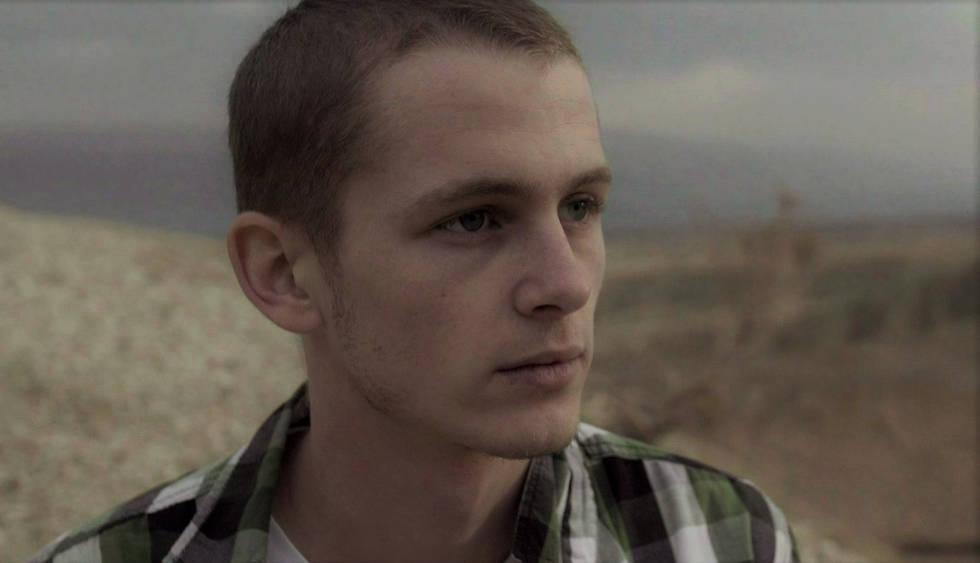guy model sunset desert nature photography portrait