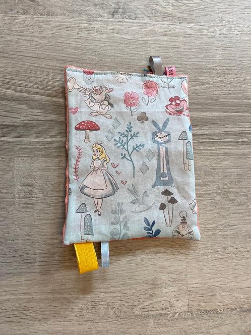 Alice Crinkle Paper
