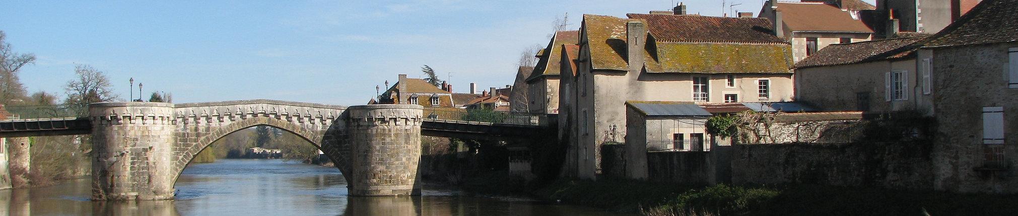 Vieux pont 86500 Montmorillon