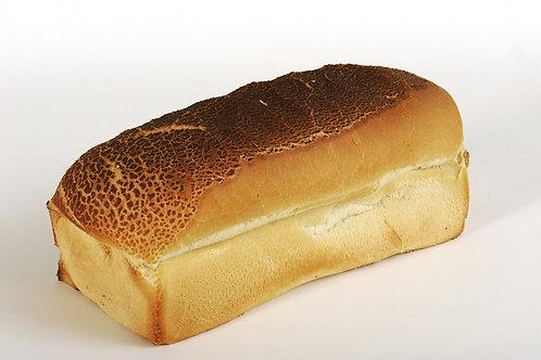 Vloerwit tijger brood gesneden