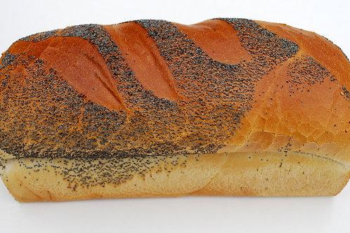 Vloerbruin maanzaad brood gesneden