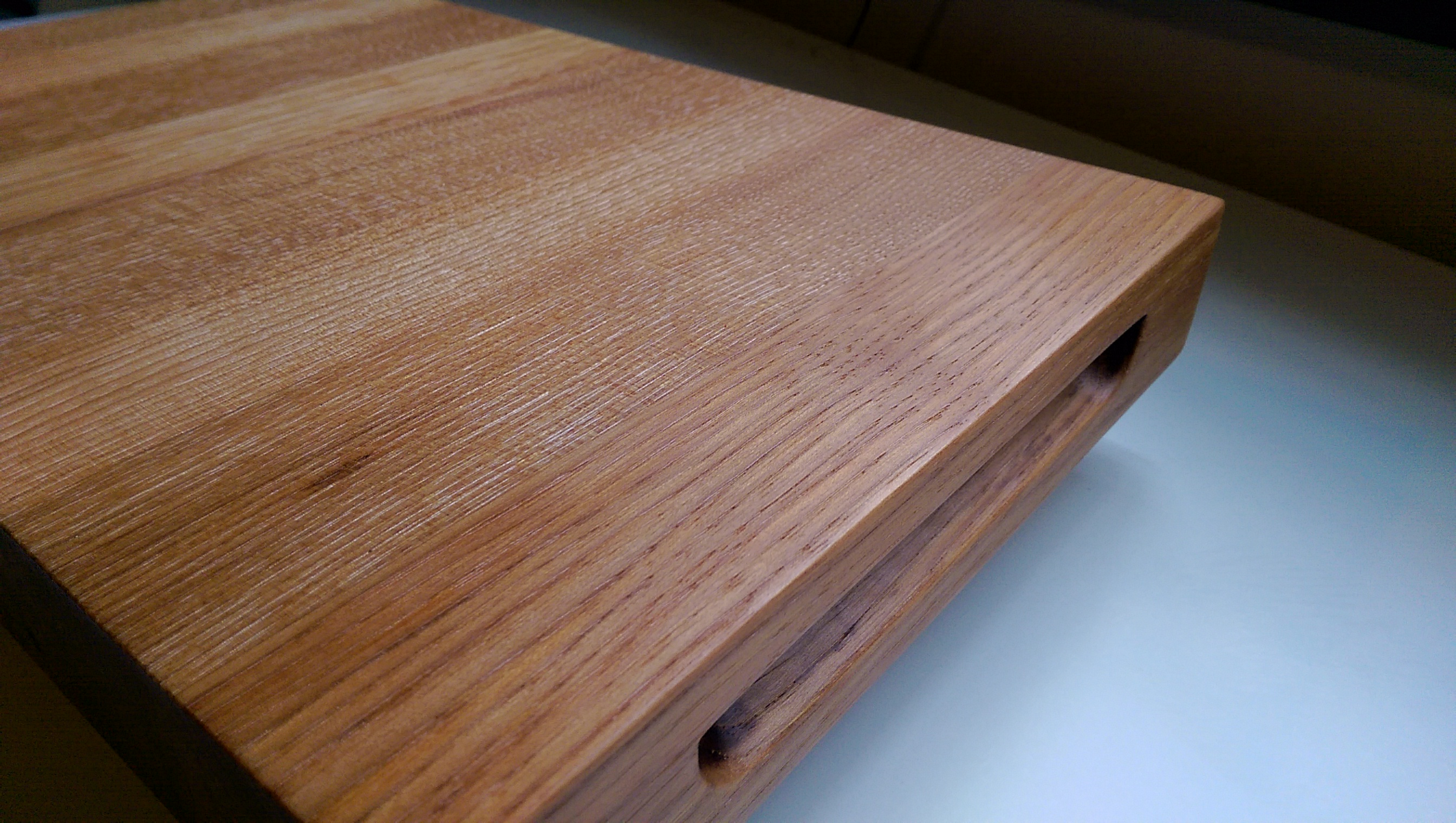pecan cutting board