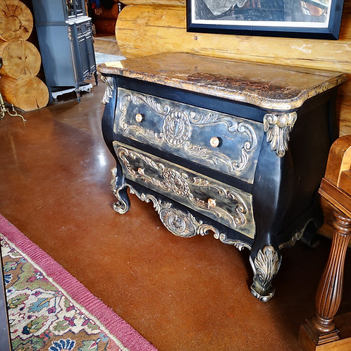 **SOLD******Bombay Chest