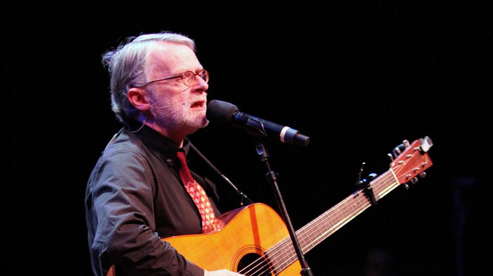 Brian O'Donovan Leads a Song, 2015