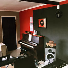 Piano and Keyboard Studio