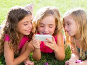 Las nuevas adicciones infantiles:             TV, videojuegos e internet