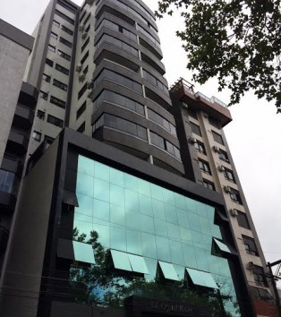 Edifício Crystal Tower