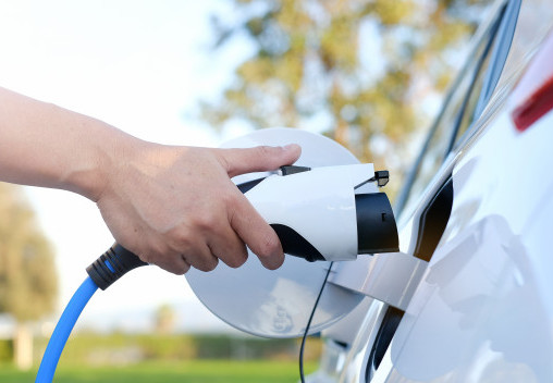 Electric Vehicle Batteries - What's the Catch to This Eco-Friendly Plan?