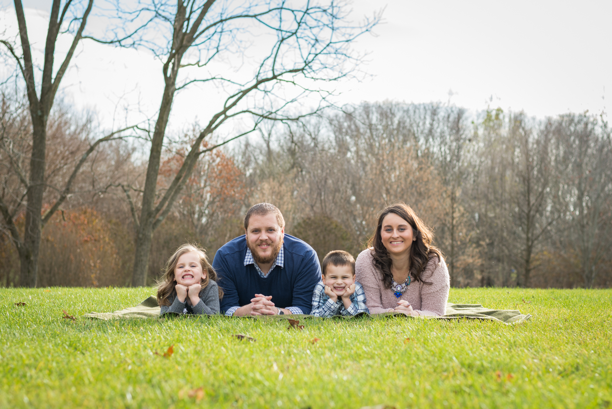 Family photos in the park-Carmel-Indiana