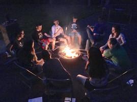 Jugendtreff am Lagerfeuer