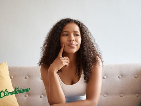 No climatério, as mulheres devem usar doses e hormônios diferentes?