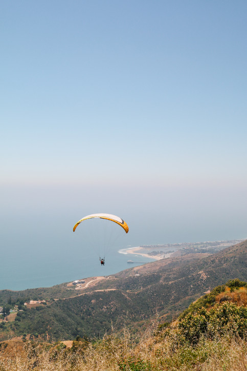Paragliding in Malibu