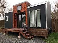 guide-to-tiny-house-in-Canada-2.jpg