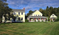 farm house front pic