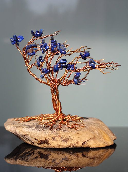 Blau Baum