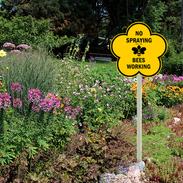 No Spraying garden sign large