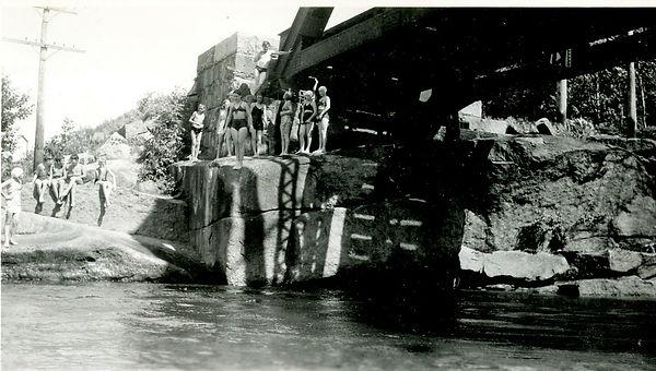 1948allaround005a.jpg