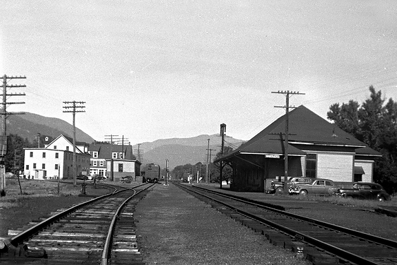 RailroadStationVillage1953DaneMalcom.PNG