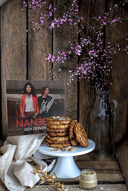 NANÉE_CD-und-Cookies_monika-grabkowska_