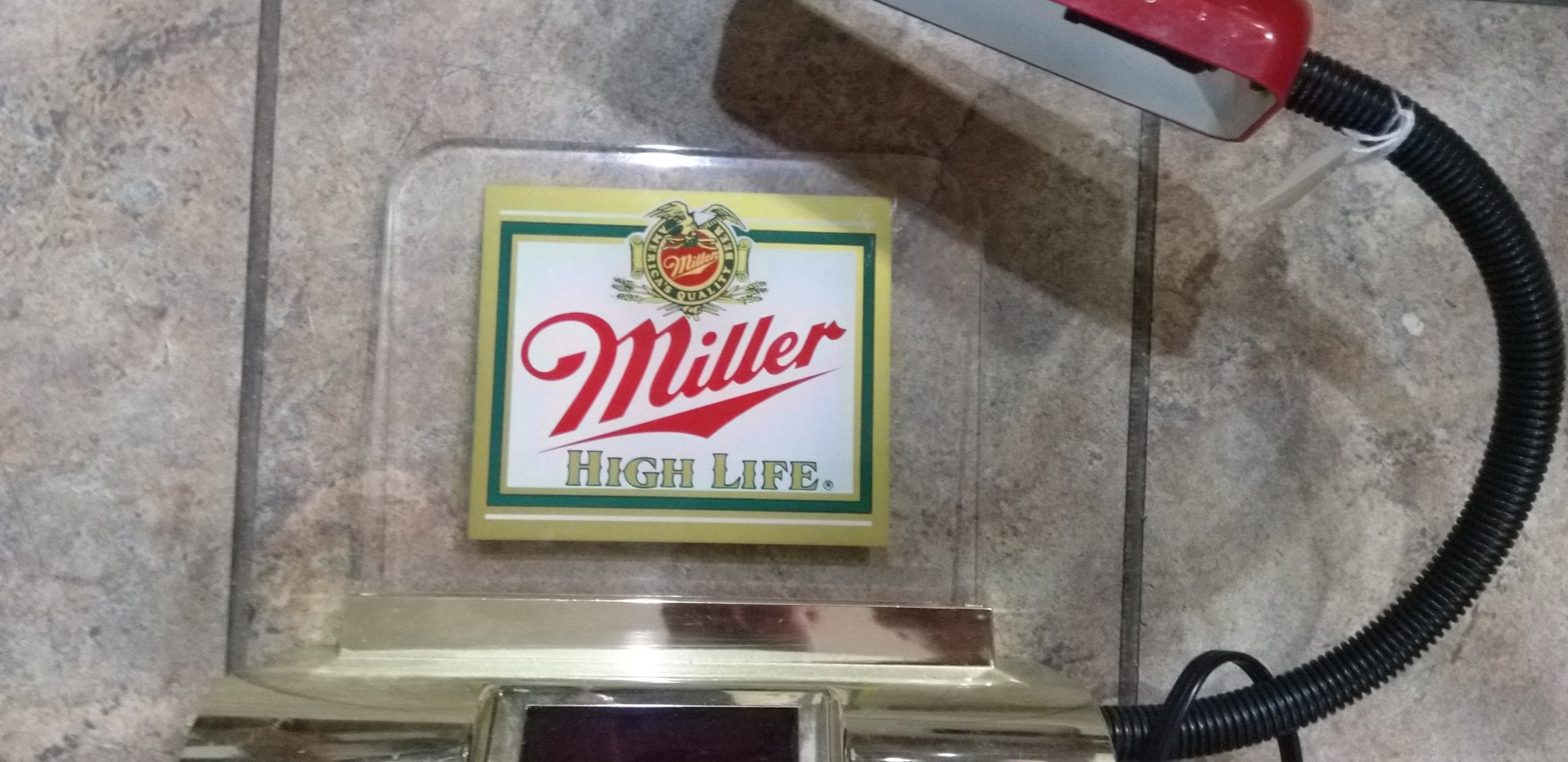 Miller High Life Clock/Lamp.jpg