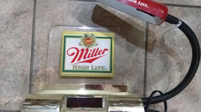 Miller High Life Clock/Lamp.jpg