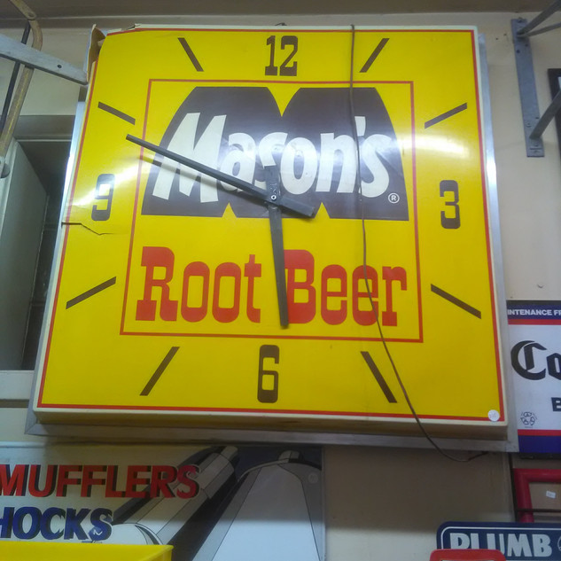 Large Mason's Root Beer Clock