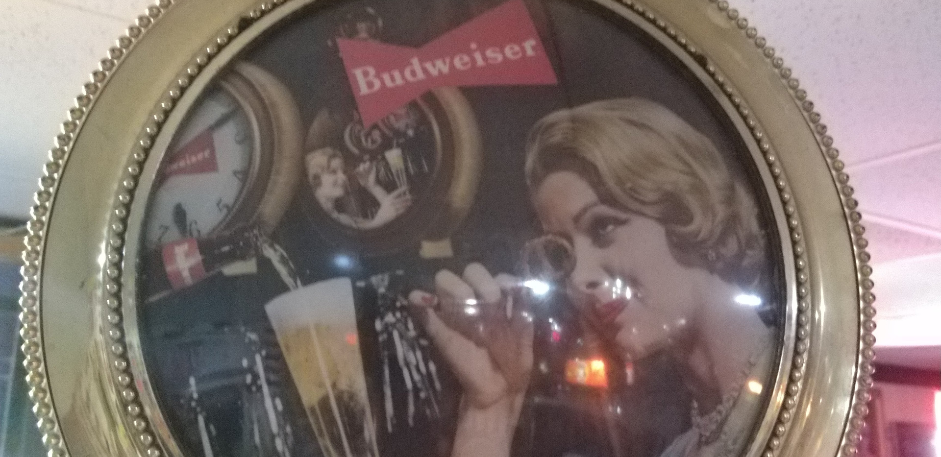 Budweiser Spinner Light up.jpg